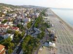 SU RAIUNO LUNGO LA COSTA Oggi alle ore 14.00, la puntata di Linea Blu sarà dedicata al mare d'Abruzzo